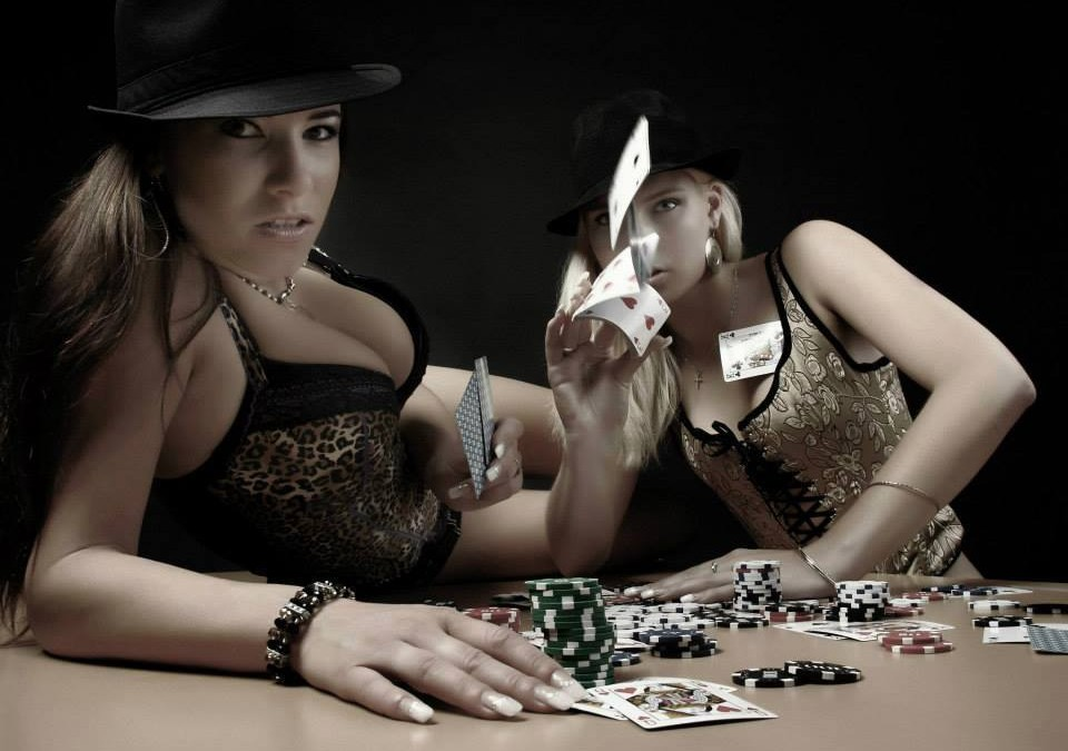 Strip poker živě
